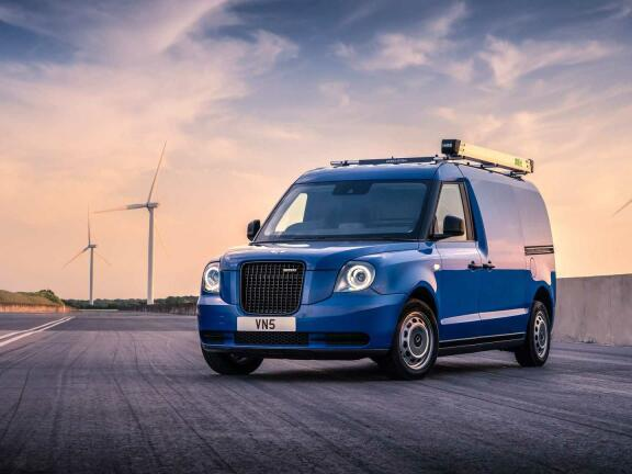 LEVC VN5 ELECTRIC 110kW 31kWh Business Van Auto