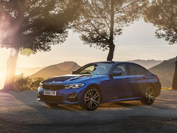 BMW 3 SERIES SALOON 320i M Sport 4dr Step Auto [Tech/Pro Pack]