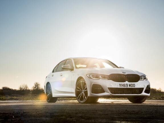 BMW 3 SERIES TOURING 330e M Sport 5dr Step Auto [Pro Pack]
