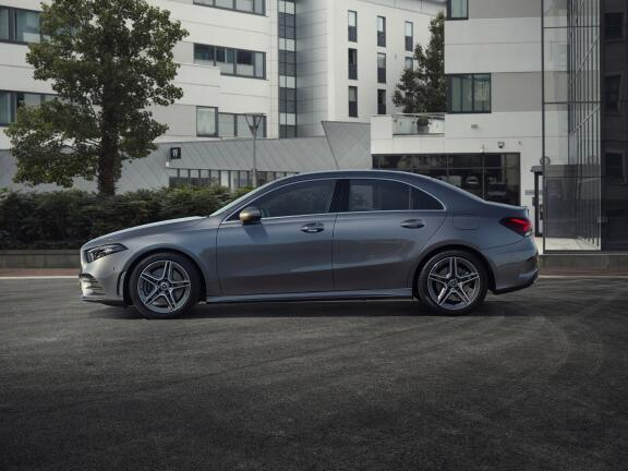 MERCEDES-BENZ A CLASS SALOON SPECIAL EDITIONS A180d AMG Line Executive Edition 4dr
