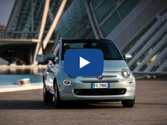 Video Review: FIAT 500C CONVERTIBLE 1.0 Mild Hybrid Star 2dr