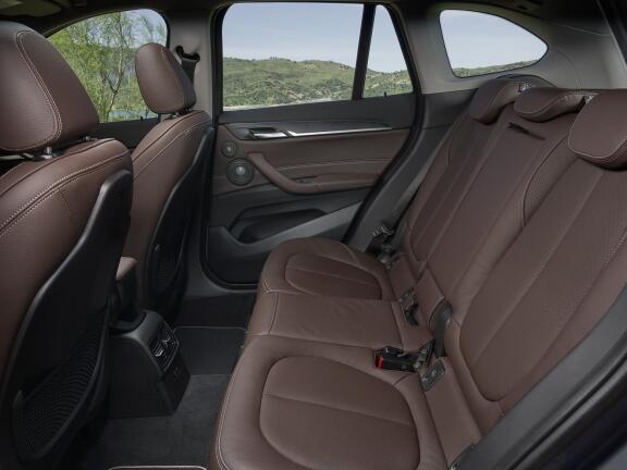 BMW X1 DIESEL ESTATE sDrive 18d Sport 5dr