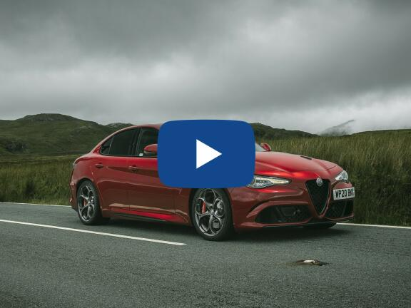 Video Review: ALFA ROMEO GIULIA SALOON 2.9 V6 BiTurbo Quadrifoglio 4dr Auto [ACC]