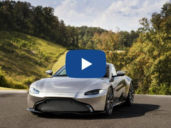 Video Review: ASTON MARTIN V8 VANTAGE ROADSTER 2dr ZF 8 Speed Auto