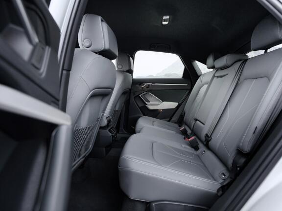 AUDI Q3 DIESEL ESTATE 40 TDI Quattro S Line 5dr S Tronic