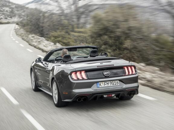 FORD MUSTANG CONVERTIBLE 5.0 V8 GT [Custom Pack 2] 2dr