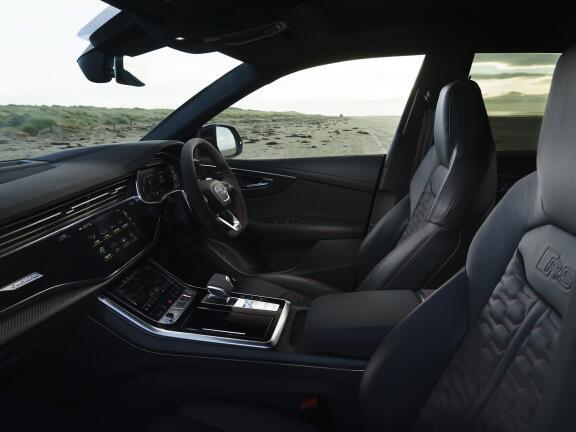 AUDI RS Q8 ESTATE RS Q8 TFSI Quattro Carbon Black 5dr Tiptronic
