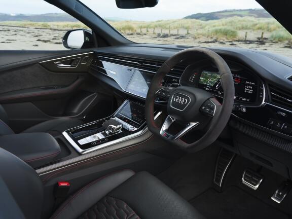AUDI RS Q8 ESTATE RS Q8 TFSI Quattro Carbon Black 5dr Tiptron [C+S]