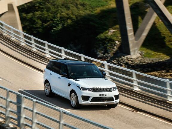 LAND ROVER RANGE ROVER SPORT ESTATE 5.0 P575 S/C SVR Carbon Edition 5dr Auto