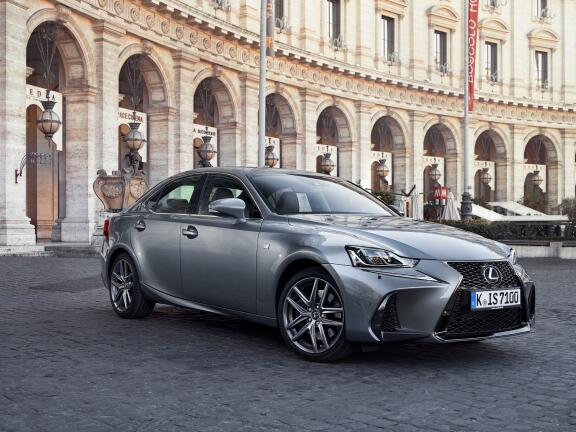 LEXUS IS SALOON SPECIAL EDITIONS 300h F-Sport i-Blue Limited Edition 4dr CVT Auto