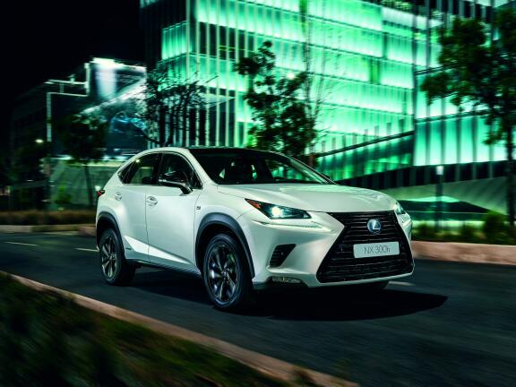 LEXUS NX ESTATE 300h 2.5 Takumi 5dr CVT [Pan roof]