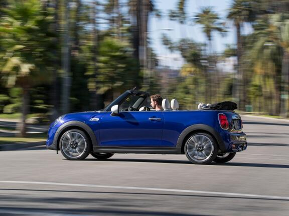MINI CONVERTIBLE 2.0 John Cooper Works II 2dr