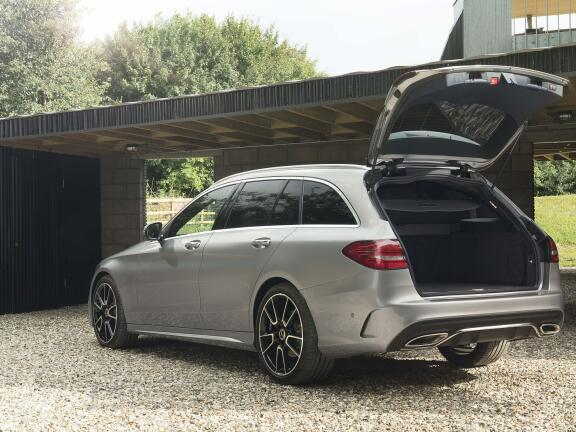 MERCEDES-BENZ C CLASS ESTATE SPECIAL EDITIONS C220d AMG Line Night Edition Premium 5dr 9G-Tronic