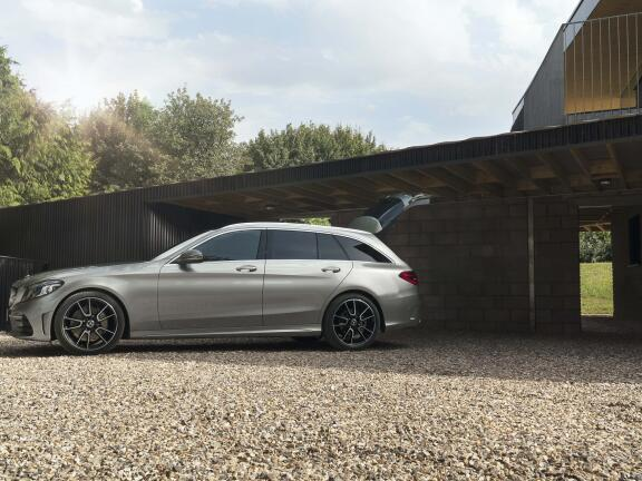 MERCEDES-BENZ C CLASS ESTATE SPECIAL EDITIONS C300d AMG Line Night Ed Premium + 5dr 9G-Tronic