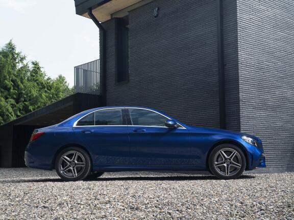 MERCEDES-BENZ C CLASS SALOON SPECIAL EDITIONS C300d AMG Line Night Edition Premium 4dr 9G-Tronic
