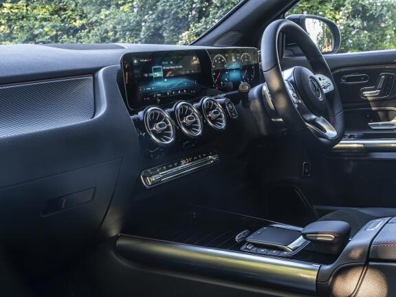 MERCEDES-BENZ GLA AMG HATCHBACK GLA 35 4Matic 5dr Auto