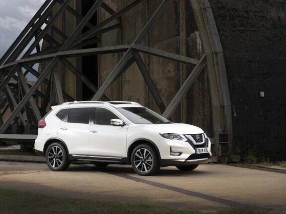 NISSAN X-TRAIL DIESEL STATION WAGON 1.7 dCi N-Connecta 5dr 4WD CVT