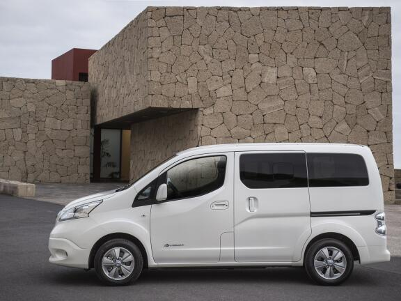 NISSAN e-NV200 COMBI ELECTRIC ESTATE 80kW Visia 5dr Auto [5 Seat]
