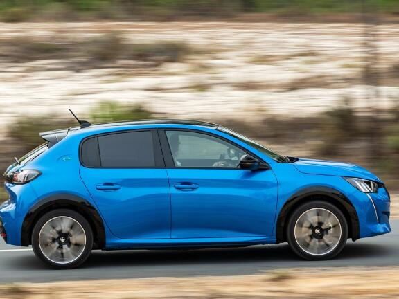 PEUGEOT E-208 ELECTRIC HATCHBACK 100kW GT 50kWh 5dr Auto