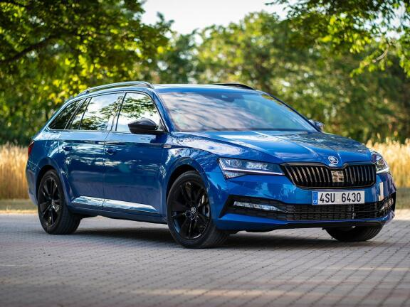 SKODA SUPERB DIESEL ESTATE 2.0 TDI CR SE L 5dr