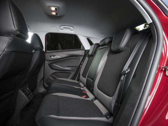 VAUXHALL GRANDLAND X DIESEL HATCHBACK 1.5 Turbo D Elite Nav 5dr Auto