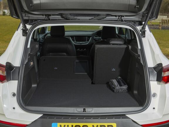 VAUXHALL GRANDLAND X HATCHBACK 1.6 Hybrid Business Edition Nav 5dr Auto