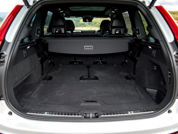 VOLVO XC90 ESTATE 2.0 T8 [390] Hybrid Inscription 5dr AWD Gtron