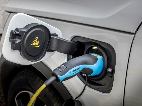 VOLVO XC40 ESTATE 1.5 T5 Recharge PHEV R DESIGN 5dr Auto