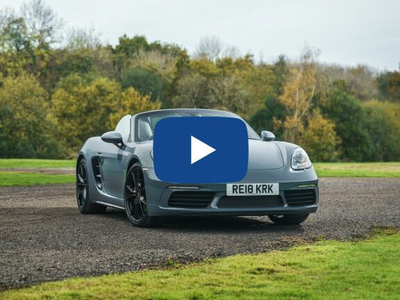Video Review: PORSCHE 718 BOXSTER ROADSTER 2.0 2dr
