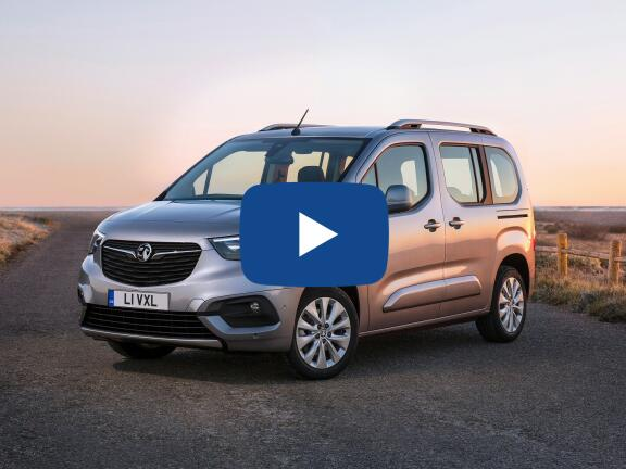 Video Review: VAUXHALL COMBO LIFE ESTATE 1.2 Turbo Energy XL 5dr