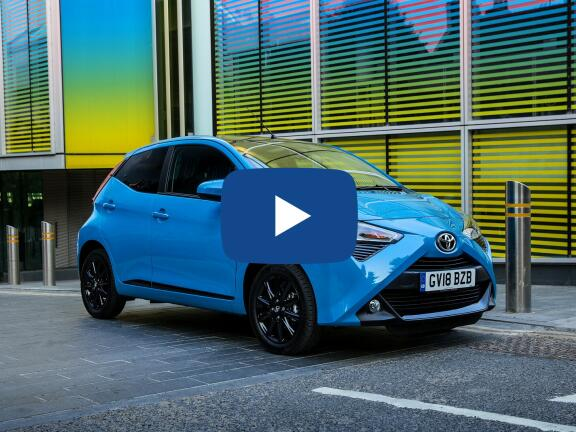 Video Review: TOYOTA AYGO HATCHBACK 1.0 VVT-i X-Play TSS 5dr x-shift
