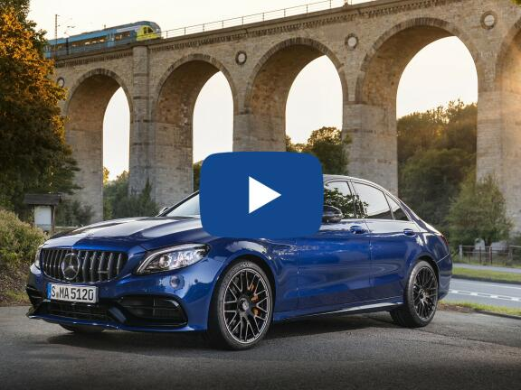 Video Review: MERCEDES-BENZ C CLASS AMG SALOON C63 S 4dr 9G-Tronic