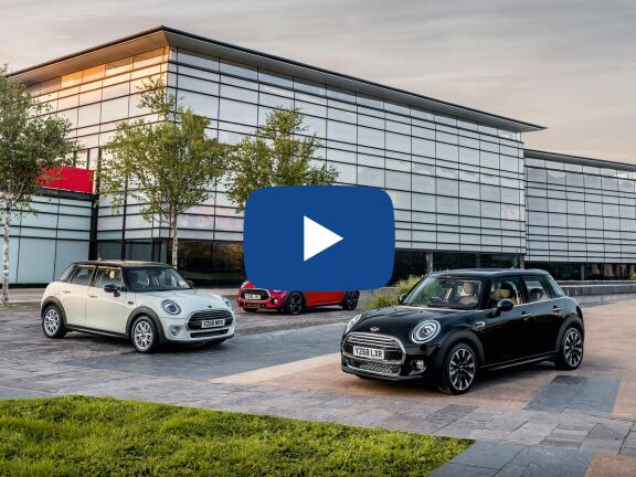 Video Review: MINI HATCHBACK 1.5 Cooper Exclusive II 5dr Auto