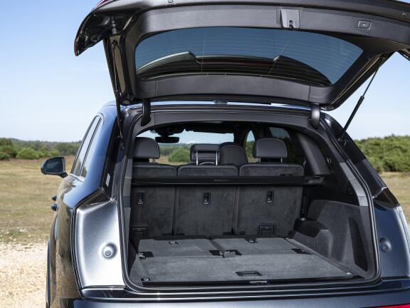 AUDI Q7 DIESEL ESTATE 45 TDI Quattro S Line 5dr Tiptronic