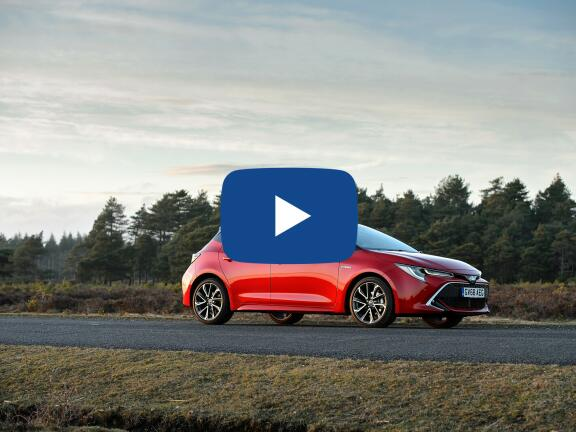 Video Review: TOYOTA COROLLA HATCHBACK 1.8 VVT-i Hybrid Excel 5dr CVT [Panoramic Roof]