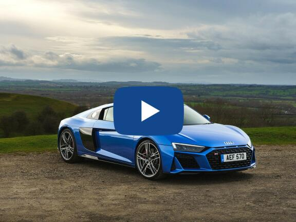 Video Review: AUDI R8 COUPE 5.2 FSI V10 Quattro Performance 2dr S Tronic