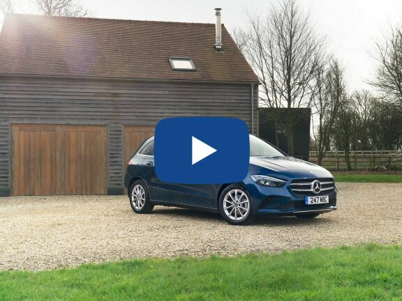 Video Review: MERCEDES-BENZ B CLASS HATCHBACK B200 AMG Line Executive 5dr Auto
