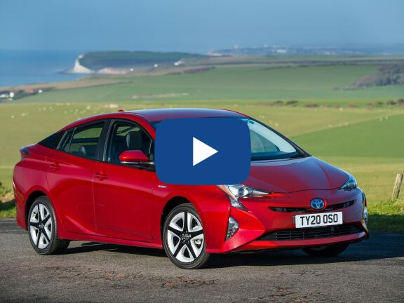 Video Review: TOYOTA PRIUS HATCHBACK 1.8 VVTi Business Ed Plus 5dr CVT [15 inch alloy]
