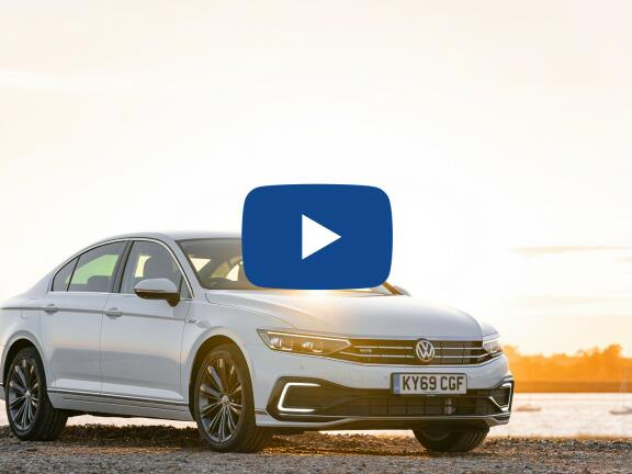 Video Review: VOLKSWAGEN PASSAT ESTATE 1.4 TSI PHEV GTE Advance 5dr DSG