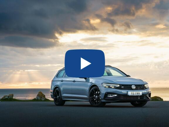 Video Review: VOLKSWAGEN PASSAT DIESEL ESTATE 2.0 TDI EVO SCR SE Nav 5dr DSG