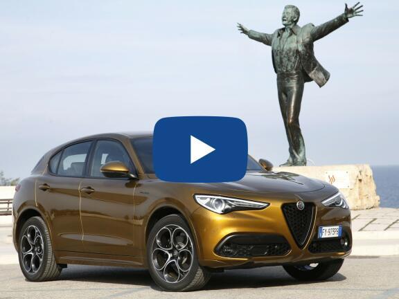 Video Review: ALFA ROMEO STELVIO DIESEL ESTATE 2.2 D 190 Sprint 5dr Auto
