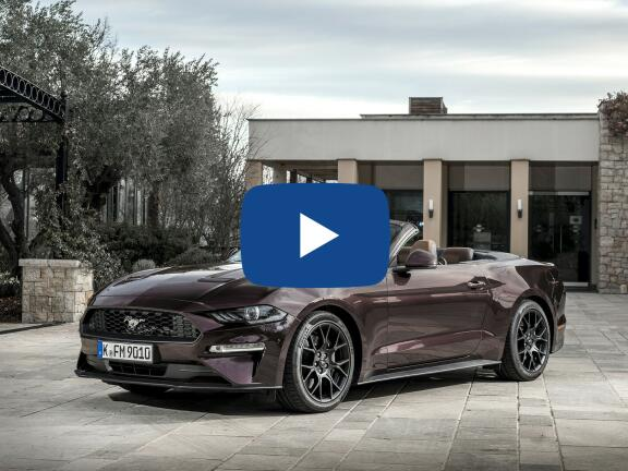 Video Review: FORD MUSTANG CONVERTIBLE 5.0 V8 449 GT 2dr