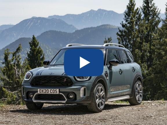 Video Review: MINI COUNTRYMAN HATCHBACK 1.5 Cooper Exclusive ALL4 5dr Auto [Com/Nav+ Pack]
