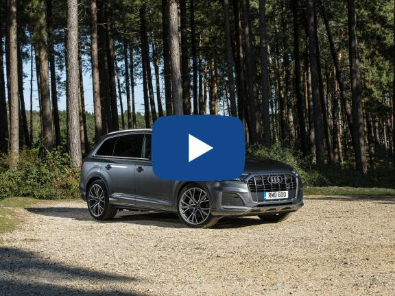 Video Review: AUDI Q7 ESTATE 55 TFSI e Quattro S Line 5dr Tiptronic