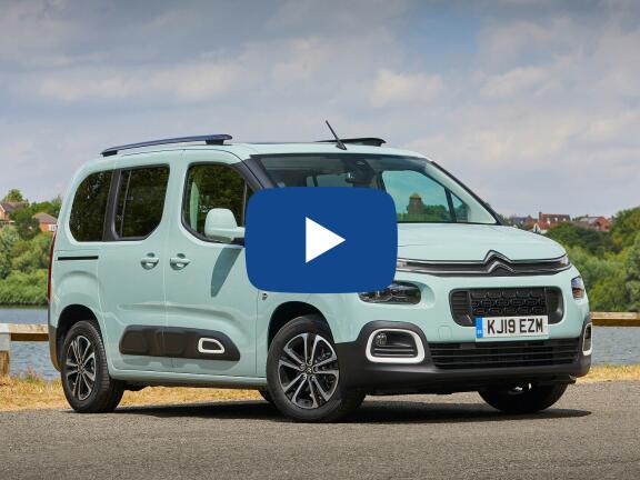 Video Review: CITROEN BERLINGO ESTATE 1.2 PureTech 130 Feel XL 5dr EAT8 [7 seat]