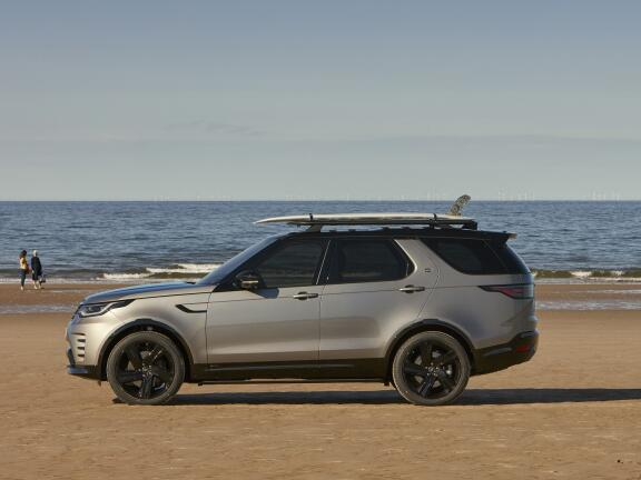 LAND ROVER DISCOVERY DIESEL SW 3.0 D300 R-Dynamic HSE 5dr Auto
