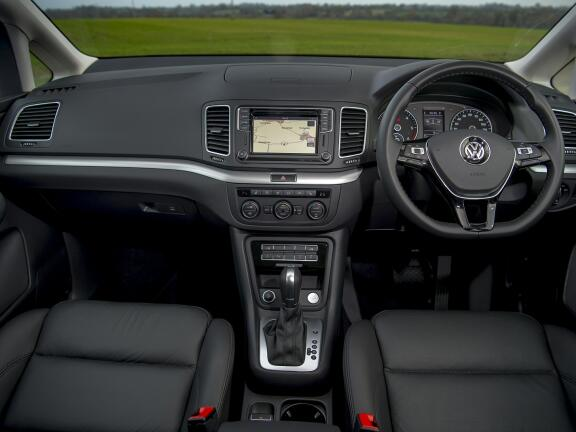 VOLKSWAGEN SHARAN ESTATE 1.4 TSI SE Nav 5dr
