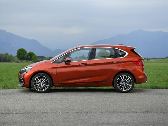 BMW 2 SERIES DIESEL ACTIVE TOURER 216d SE 5dr Step Auto