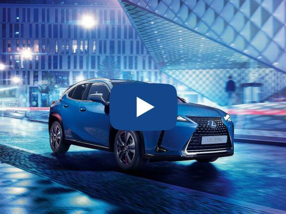 Video Review: LEXUS UX ELECTRIC HATCHBACK 300e 150kW 54.3 kWh 5dr E-CVT [Premium Plus Pack]