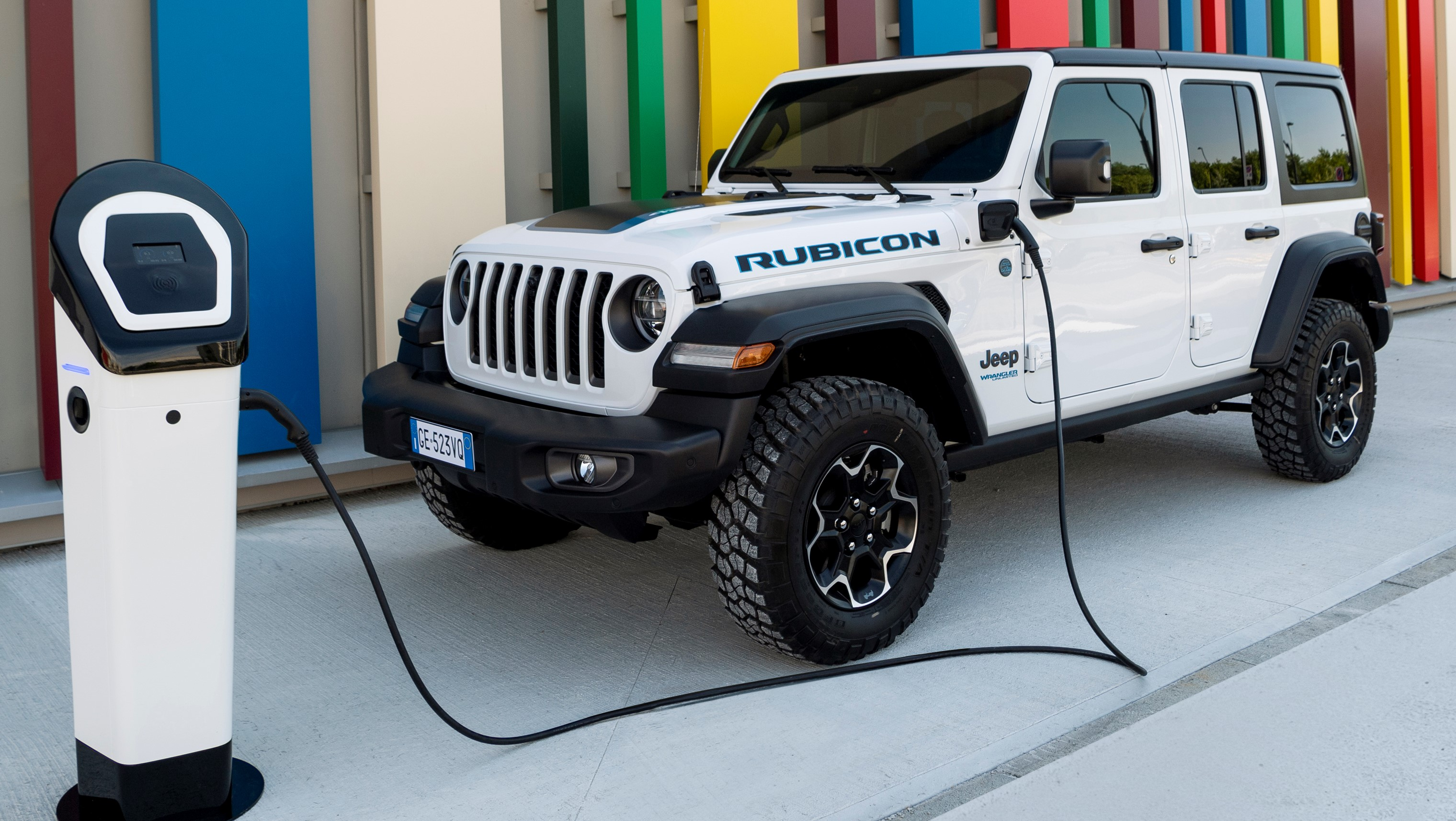 New Jeep Wrangler 4xe goes electric